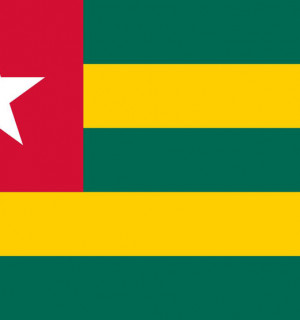 2000px-Flag_of_Togo_svg